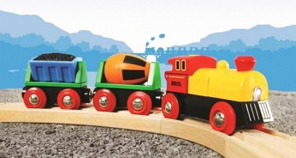 Leseni vlakci – igrača, ki navdušuje otroke vseh generacij