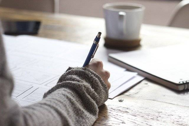 Pomoč pri pisanju dokumentov