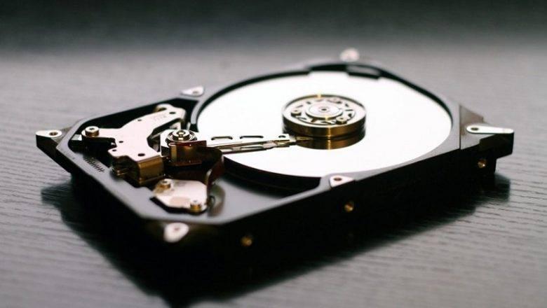 Mehanični in programski razlogi za okvaro trdega diska