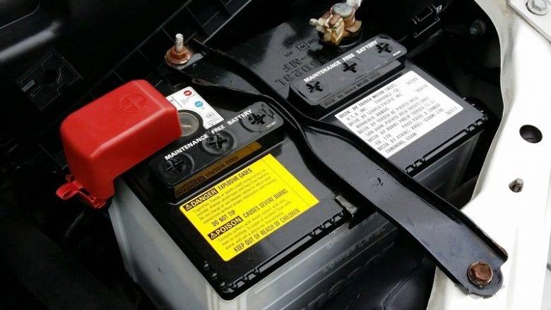 Akumulator je ključna komponenta v vsakem bencinskem in dizelskem vozilu
